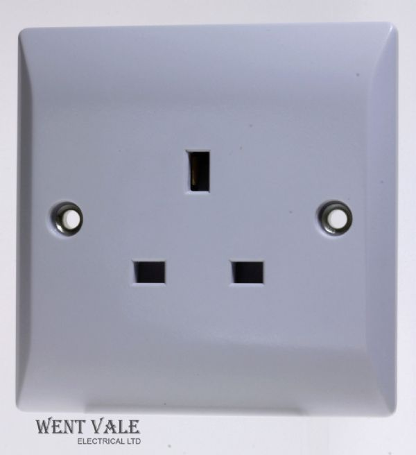 Superswitch - Silk Range - SW5 - 13a 1 Gang Un-switched Socket  New